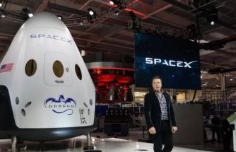Elon Musk'tan ABD başkanına taş