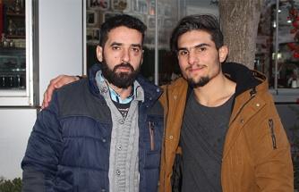 Enkaz altındaki çifti kurtaran Mahmut, o anları anlattı