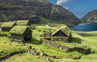 Evlerin çatısında dahi çim çıkıyor! Dünyanın kuzey ucundaki Faroe Adaları'nda yer gök yeşil