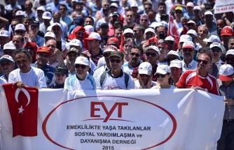 EYT'lilerden Erdoğan'a Cevap: 'İskandinav Ülkelerinde Emekli Olanlar Dünyayı Geziyor, Biz Ankara'dan İstanbul'a Zor Gideriz'