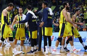 Fenerbahçe, Asvel deplasmanında