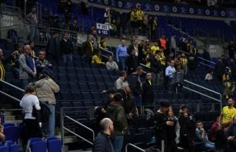 Fenerbahçe taraftarından tepki