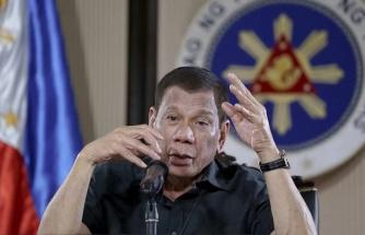 Filipinler Devlet Başkanı'ndan Polise 'Koronavirüs Önlemlerine Uymayanları Vurun' Emri
