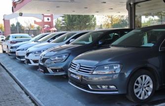 İkinci el otomobil piyasasını yükseltenleri galericiler tespit etti