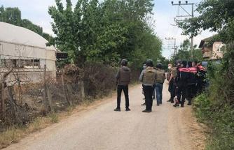 İkna Çalışmaları Sürüyor: Babasını Öldürüp Ailesini Rehin Alan Kişi 3'ü Jandarma 6 Kişiyi Yaraladı