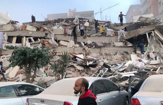 İzmir'de Yaşanan 6,6 Şiddetindeki Depremde Vatandaşlar Tarafından Kaydedilen Korkutucu Görüntüler
