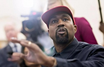 Kanye West, kendini odaya kapattı