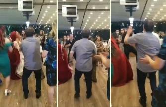 Koronavirüs Gölgesinde Yapılan Düğünde 'Sosyal Mesafeyi Koruyalım' Anonsu