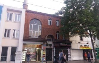 Pencerelerde Pimapen, Duvarlarda Klima: 531 Yıllık Mimar Hayreddin Camii İş Yerlerinin Ablukasında