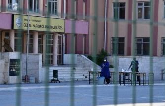 Prof. Dr. Ceyhan: Okulların açılma tarihine erken diyemeyiz, ileride daha iyi olacağının garantisi yok
