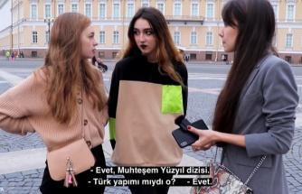 Rusya'da Oldukça Popüler Olan 'Harmanım Baba Nerde Çarşafım' Şarkısının Nasıl Bu Kadar Popüler Olduğunu Ruslar Anlatıyor