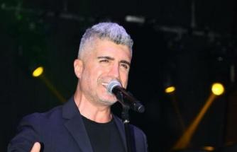 Şarkıcı Özcan Deniz hakkında dava açıldı