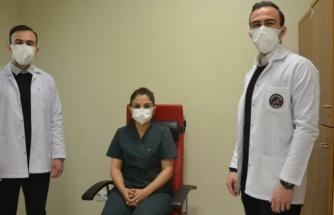 Tek yumurta ikizi doktorların aynı hastanede corona mücadelesi