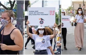 """Toyota Korna Gürültüsüne Karşı Kulak Maskesi Dağıttı: """"Korna Çalma Huzurumu Çalma"""""""