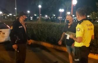 Trafikte Gözaltına Alınan Adam: 'Ben Size Bir Şey Demedim, Sadece Allah Belanızı Versin Dedim'