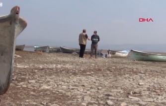Türkiye'nin Aşırı Kirlenen ve Kuruyan Göllerinden Biri: Marmara Gölü