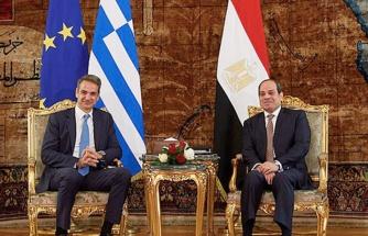 Türkiye'nin 'Mısır açılımı' Yunanistan'ı harekete geçirdi, Miçotakis apar topar Sisi'yi aradı