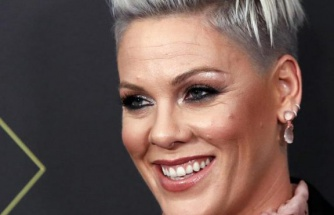 Ünlü şarkıcı Pink'ten corona açıklaması: Önce pozitif sonra negatif çıktı!