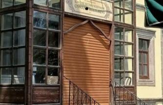 Vatandaşlar Tepki Gösterdi: Kanuni'nin Doğduğu Eve Otomatik Panjur Kapı