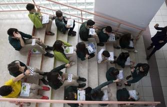 Ziya Selçuk: 'Ücretli Öğretmenlerin Maaşları Uzaktan Eğitim Sürecinde Ödenecek'