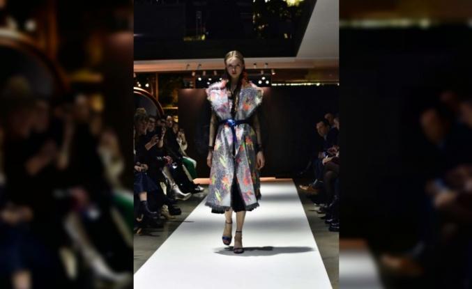Vlasta Kopylova 2020/2021 Sonbahar Kış Koleksiyonu ile  Milano Fashion Week'de göz kamaştırdı