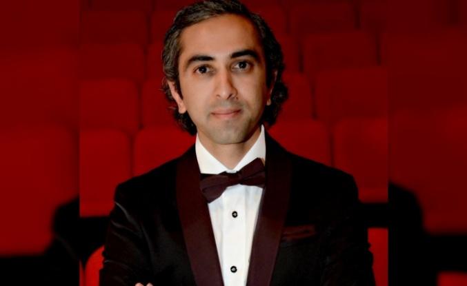 Ferdi Cansız Türk Halk Müziği Topluluğuyla Başarıya Koşuyor...