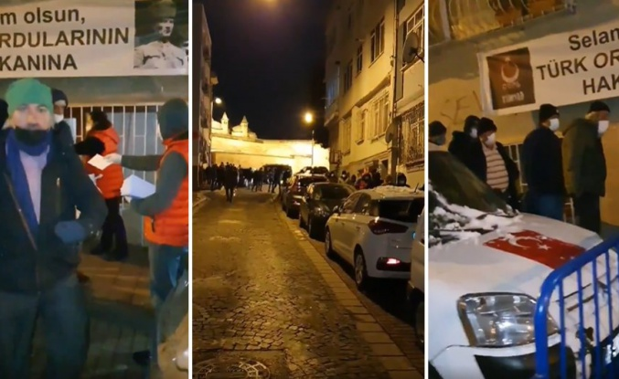 İstanbul'da Dağıtılan Ücretsiz Yemek İçin Ucu Bucağı Görünmeyen Kuyruk Oluştu