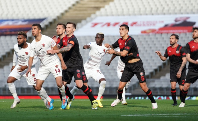 Süper Lig: Fatih Karagümrük: 1 - Atakaş Hatayspor: 0 (Maç sonucu)